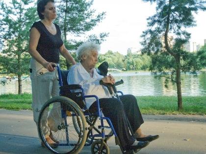 Скандал возник из-за того, что тяжело больным россиянам все чаще отказывают в получении инвалидности // Global Look Press