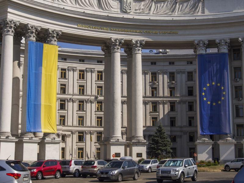 Украина хочет максимально быстро оказаться в ЕС // Igor Golovniov/Global Look Press