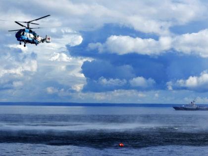Искать пропавших моряков продолжат на рассвете 6 апреля // Global Look Press