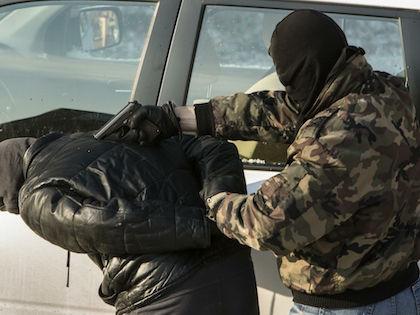 Сотрудники ФСБ могут снимать отпечатки пальцев любого человека //  Николай Гынгазов / Global Look Press
