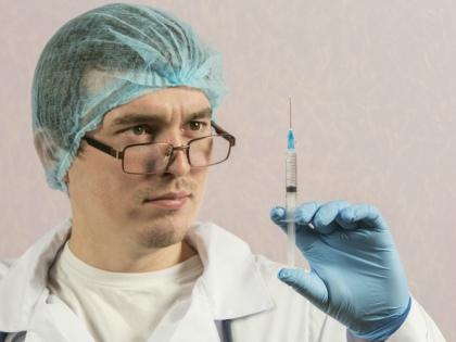 Реакции на введение лидокаина могут быть как связанными с кардиотоксичностью и нейротоксичностью // Global Look Press