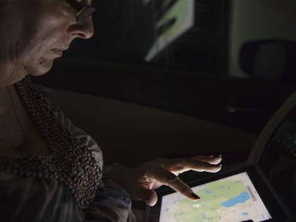 Чтение перед сном с планшета или электронной книги приводит к нарушению сна и провоцирует возникновения рака // Global Look