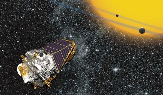 «Кеплер» был запущен специально для поиска экзопланет; весной 2013 года аппарат вышел из строя, однако специалисты NASA нашли способ продолжить его работу // Global Look