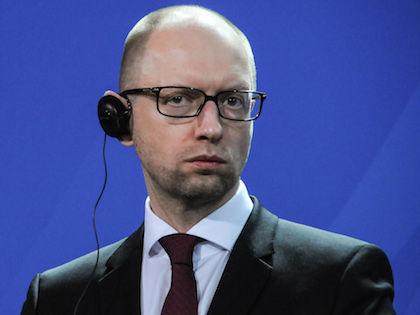 Депутаты Верховной рады потребовали отставки Арсения Яценюка //  Global Look