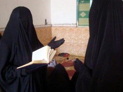 Попавшие в лапы ИГИЛ (террористическая организация, деятельность которой запрещена в РФ – Прим. ред.) женщины вынуждены отдаваться боевикам // Global Look Press