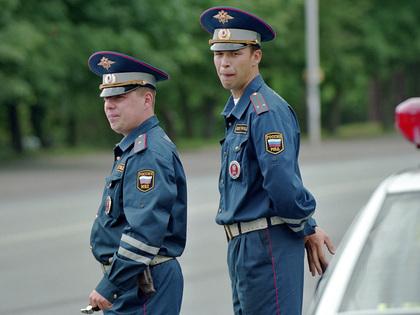 Житель Екатеринбурга получил трое суток административного ареста за тонировку на стеклах автомобиля // Global Look Press