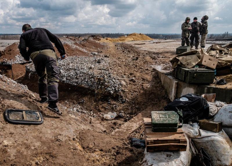 На Украине возобновились бои // Global Look Press