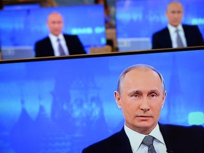 Госканалы проигнорировали «панамский скандал» Путина // Павел Бедняков / Global Look Press