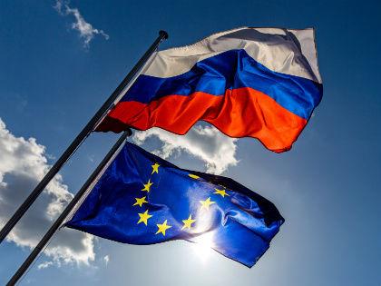 Евросоюз может ввести санкции в отношении 12 российских чиновников из-за обстрела в Алеппо // Global Look Press