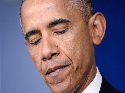 Российские хакеры похитили переписку президента США Барака Обамы //   Global Look
