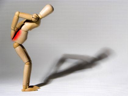 Боль в спине настолько «популярная» проблема, что рассказывать о ней никому не нужно // Global Look Press