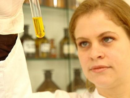 Высокие дозы гепарина успешно подавляют опасную для здоровья инфекцию // Global Look Press