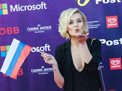 Полина Гагарина заняла второе место, исполнив песню «A Million Voices» //  Global Look