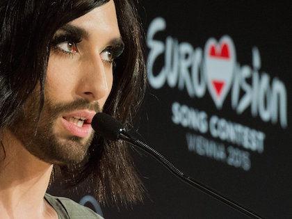 В 2015 году конкурс проводится в Австрии, поскольку в 2014 победу одержал австрийский певец //  Global Look