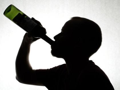 Кодирование алкоголиков // Global Look Press