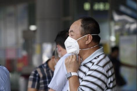 75-летний таиландский бизнесмен мог заразиться MERS во время поездки в Оман // Global Look Press