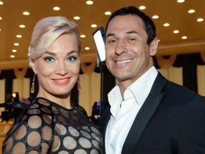 Стас Костюшкин с женой Юлией // Анатолий Ломохов / Global Look Press