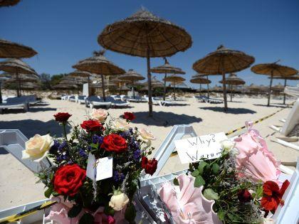 Из Туниса россиян не вывезет МЧС — и едва ли повезут досрочно туроператоры // Russian Look