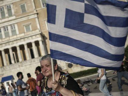 В Греции увеличился спрос на продукты долгого хранения // Russian Look
