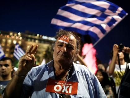 Греки высказались против условий помощи европейских кредиторов // Global Look Press