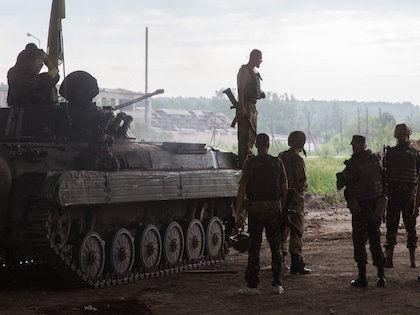 Отвод тяжёлой военной техники — одно из условий Минских соглашений //  Global Look