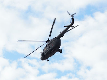 Посадку вертолёт совершил в 77 км от райцентра Соболево //  Global Look Press