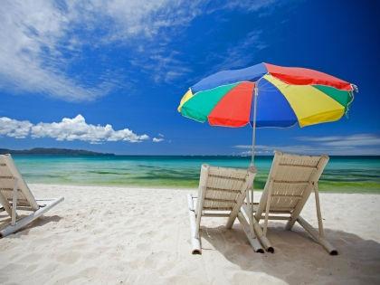 В начале сентября можно найти дешевые путевки и в Азию, и в Европу // Global Look Press