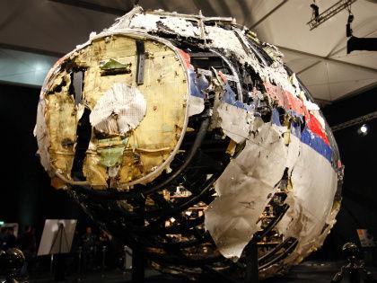 Комиссия по расследованию авиакатастрофы «Боинга» над Донбассом в июле 2014 года сделала выводы, что самолет был сбит из российского «Бука» // Global Look Press