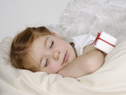 Летом ребенку нужно больше уставать за день, чтобы он нормально высыпался // imagebroker.net / Global Look Press