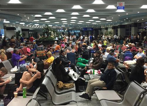 За последние сутки вывезли порядка 11 тысяч человек //  Global Look