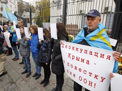 Крым остался без света //  Global Look