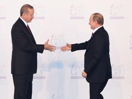 Cо стороны перемирие выглядит очередной забавой Эрдогана и Путина, уверен обозреватель // He Canling / Global Look Press