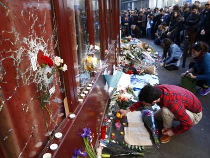 Жертвами теракта в Париже стали полторы сотни человек // Global Look Press