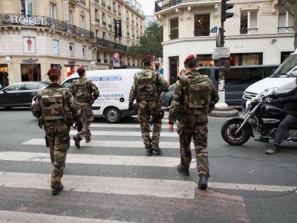 Бойня в американском гей-клубе вряд ли связана с терактом в Париже // Global Look Press