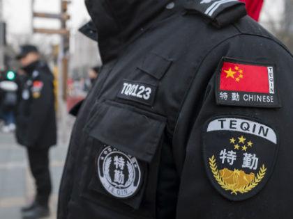 В Китае за ДТП в пьяном виде виновника ставят к стенке, а за превышение нуля промилле сажают в настоящую тюрьму на полгода // Global Look Press