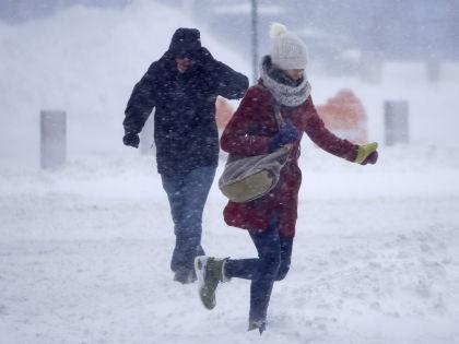 Температурные аномалии февраля приводят к образованию гололеда  // Global Look Press