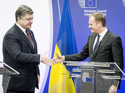 Петро Порошенко и Дональд Туск // Wiktor Dabkowski / Global Look Press