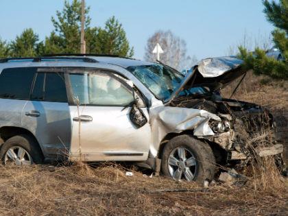 Превышение даже за рулем отличного автомобиля не отменяет законов физики // Global Look Press
