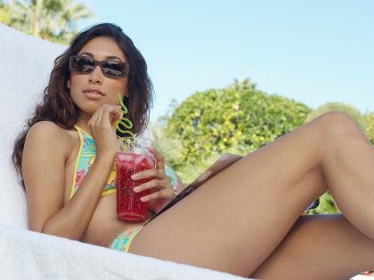 Освежающие напитки и продукты питания представляют опасность для полости рта // West Coast Surfer / Global Look Press