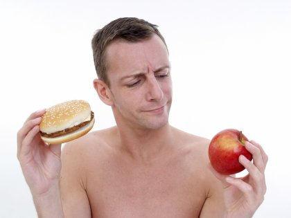 Спорт и диеты с низким количеством углеводов не помогут похудеть //  imagebroker/Michaela Begsteiger / Global Look Press