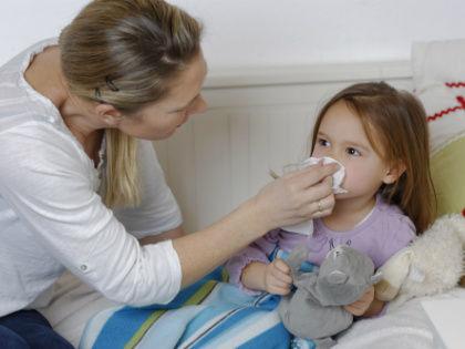 Частые простудные заболевания могут быть вызваны гемофильной палочкой // Global Look Press