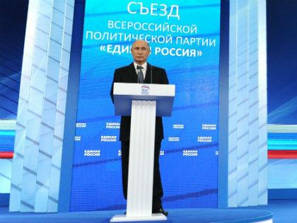 """«В предвыборной агитации используются цитаты Путина, призывы типа """"Доверься президенту!"""" и так далее. Но эффект получился обратный» // Global Look Press"""