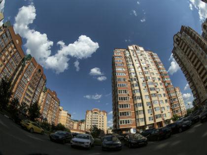 Покупатель практически ушёл с рынка, спроса на недвижимость нет // Global Look Press