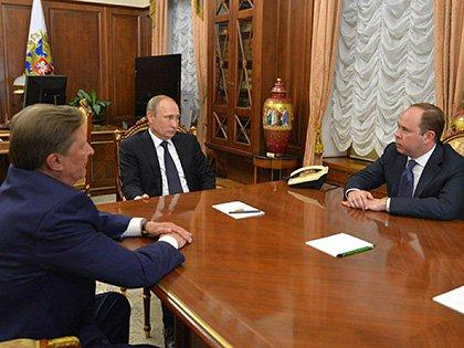Владимир Путин на встрече с Сергеем Ивановым и Антоном Вайно // Global Look Press