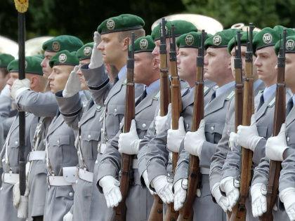 Для отправки армии потребуется голосование в бундестаге // Global Look Press