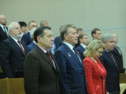 В Госдуме VII созыва не утихают разговоры о проблеме посещаемости и голосований пары-тройки депутатов за всю фракцию // Global Look Press