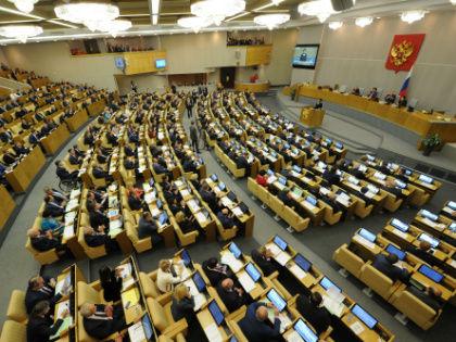 Размер зарплаты депутатов Госдумы достиг уровня, который в несколько раз превышает уровень средней зарплаты по России // Global Look Press