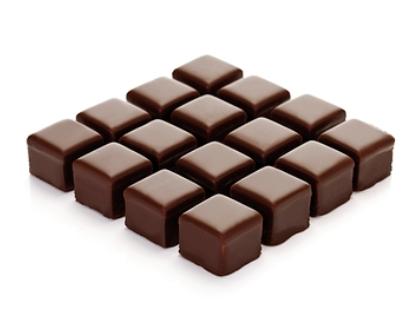 Темный шоколад, оливки и маринованные огурчики помогут восстановить баланс бактерий в кишечнике // Creativ Studio Heinemann / Global Look Press