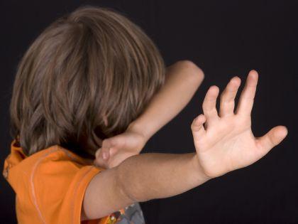Нередко сами взрослые являются источником детских страхов // Michaela Begsteiger / Global Look Press