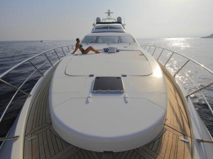 Яхта – один из неотъемлемых атрибутов жениха-миллиардера // Global Look Press